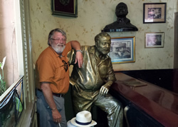 Clay and Hemingway in La Floridita